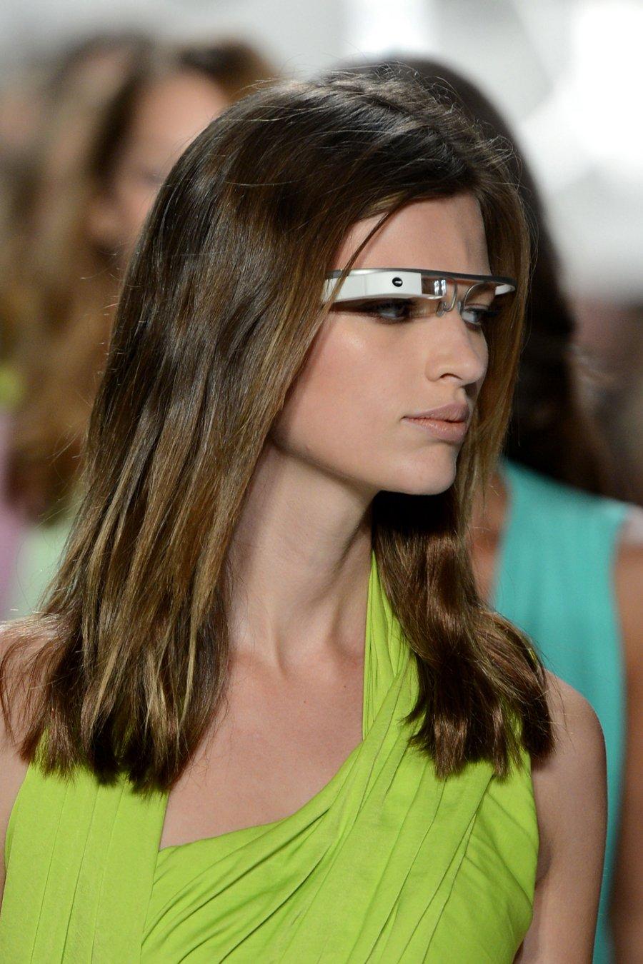 7c2232236111f Wearable Tech in Fashion